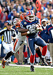 4 November 2007: Buffalo Bills wide receiver Lee Evans pulls in a pass from quarterback J.P. Losman during a game against the Cincinnati Bengals at Ralph Wilson Stadium in Orchard Park, NY. The Bills defeated the Bengals 33-21 in front of a sellout crowd of 70,745...Mandatory Photo Credit: Ed Wolfstein Photo