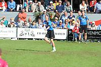 KAATSEN: BITGUM: Hoofdklasse kaatsen, winnaars Martijn Olijnsma, Marten Feenstra en Pier Piersma, Tjisse Steenstra slaat op, ©foto Martin de Jong