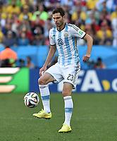 FUSSBALL WM 2014                ACHTELFINALE Argentinien - Schweiz                  01.07.2014 Jose Basanta (Argentinien) am Ball