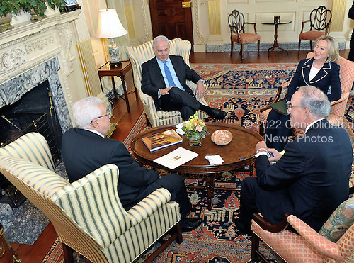 (l-r backs to camera): Palestinian Authority President Mahmoud Abbas, U.S. Special Envoy for Middle East Peace George Mitchell; (l-r facing camera) Prime Minister Benjamin Netanyahu of Israel, and United States Secretary of State Hillary Rodham Clinton share a laugh during their meeting at the U.S. Department of State in Washington, D.C., on Thursday, September 2, 2010..Credit: Department of State via CNP.
