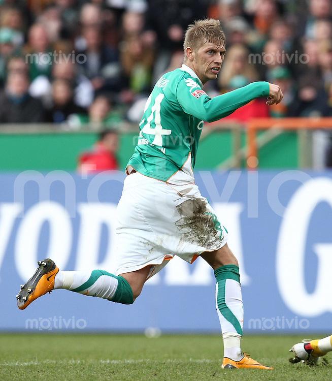 FUSSBALL     1. BUNDESLIGA     SAISON 2007/2008   26. SPIELTAG SV Werder Bremen - MSV Duisburg                             29.03.2008 Aaron HUNT (SV Werder Bremen)