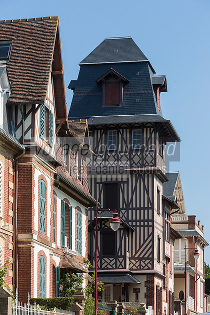 France, Calvados (14), Côte Fleurie, Houlgate:    //  France, Calvados, Côte Fleurie, Houlgate: