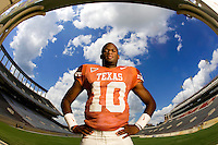 Vince Young, Texas Longhorns.Photo by Chris  Covatta