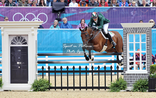 Aoife Clark (IRL) riding Master Crusoe. Equestrian Eventing - PHOTO: Mandatory by-line: Garry Bowden/SIP/Pinnacle - Photo Agency UK Tel: +44(0)1363 881025 - Mobile:0797 1270 681 - VAT Reg No: 768 6958 48 - 31/07/2012 - 2012 Olympics - Greenwich, London, England.