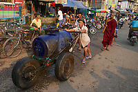 Morning Market in Hpa An, Myanmar, Burma