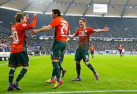 FUSSBALL   1. BUNDESLIGA   SAISON 2011/2012   22. SPIELTAG Hamburger SV - Werder Bremen       18.02.2012 Marko Marin, Claudio Pizarro und Markus Rosenberg (v.l., alle SV Werder Bremen) jubeln nach dem 0:1