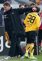 Fussball, 2. Bundesliga, Saison 2011/12, SG Dynamo Dresden - FC Energie Cottbus, Sonntag (11.12.11), gluecksgas Stadion, Dresden. Dresdens Ralf Loose (li.) und Sascha Pfeffer.