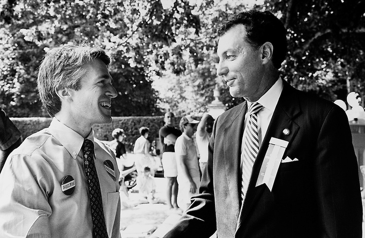 Challenger Scott Wolf and Representative Ronald Machtley. July 8, 1990 (Photo by Laura Patterson/CQ Roll Call)