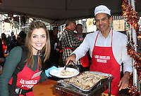 Los Angeles, CA - NOVEMBER 23: Jen Lilley, Antonio Villaraigosa, At Los Angeles Mission Thanksgiving Meal For The Homeless At Los Angeles Mission, California on November 23, 2016. Credit: Faye Sadou/MediaPunch