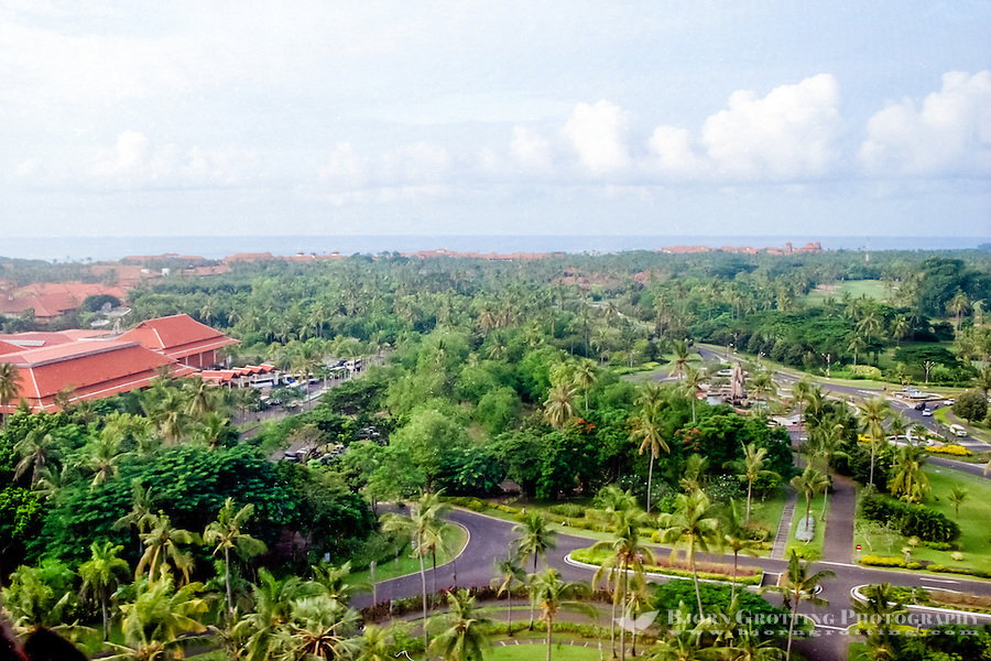 Bali, Badung, Nusa Dua. Nusa Dua is relatively flat compared to the rest of the Bukit peninsula (from helicopter).