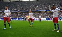 FUSSBALL   1. BUNDESLIGA   SAISON 2012/2013    34. SPIELTAG Hamburger SV - Bayer 04 Leverkusen                      18.05.2013 Heiko Westermann, Petr Jiracek und Dennis Aogo (v.l., alle Hamburger SV) sind enttaeuscht
