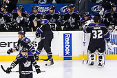 Los Angeles Kings bench during ice-hockey match between Los Angeles Kings and Colorado Avalanche in NHL league, Februar 26, 2011 at Staples Center, Los Angeles, USA. (Photo By Matic Klansek Velej / Sportida.com)