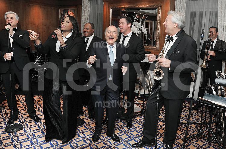 Zuerich, 10.03.2016 Ex-FIFA-Praesident Joseph Sepp Blatter (Mitte) feiert seinen 80. Geburtstag mit Pepe Lienhard und Orchester