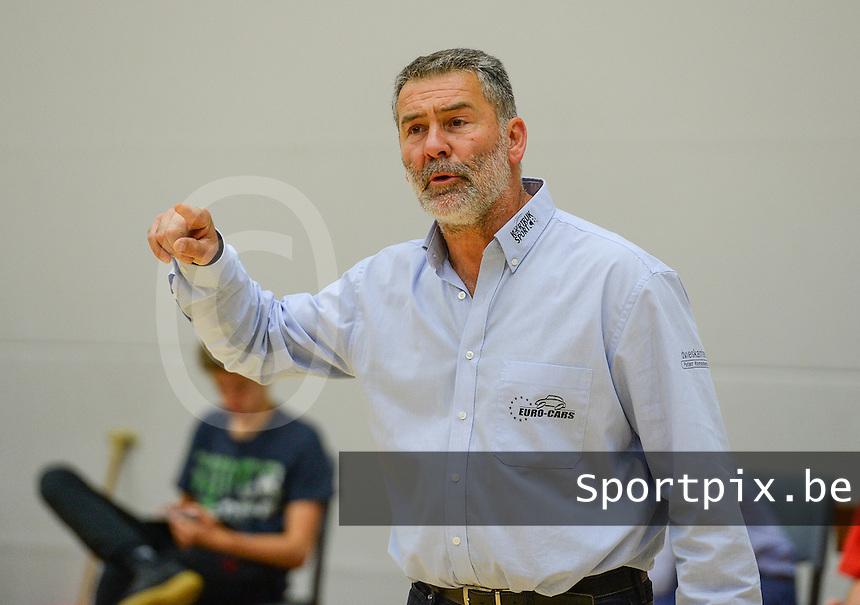 Kortrijk Sport CB : coach Dirk De Waelle<br /> Foto DAVID CATRY   VDB   Bart Vandenbroucke