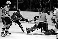 Seals vs Chicago Black Hawks, Bobby Hull  amd Sea;s goalie Gary Smith (1970 photo/Ron Riesterer)