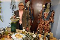 Paliano.Mario Ticconi, produttore olio.