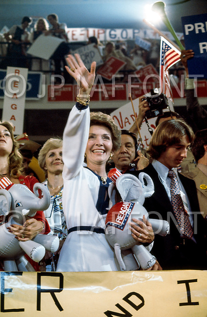 August 1976, Kansas City, Missouri, USA --- Nancy Reagan at the 1976 Republican National Convention --- Image by © JP Laffont