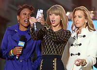 OCT 30 Taylor Swift Performs on ABC's Good Morning America