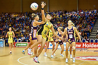 Liana Leota in action during the ANZ Championship - Mojo Pulse v Queensland Firebirds at Te Rauparaha Arena, Porirua, New Zealand on Sunday 8 March 2015. <br /> Photo by Masanori Udagawa. <br /> www.photowellington.photoshelter.com.