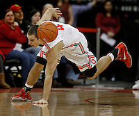 Ohio State Buckeyes guard Aaron Craft (4) keeps his eye on a loose ball against the Nebraska Cornhuskers at Value City Arena in Columbus Jan. 4, 2013 (Dispatch photo by Eric Albrecht)