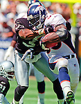 Oakland Raiders vs. Denver Broncos at Oakland Alameda County Coliseum Sunday, September 17, 2000.  Broncos beat Raiders  33-24.  Denver Broncos running back Mike Anderson (38).