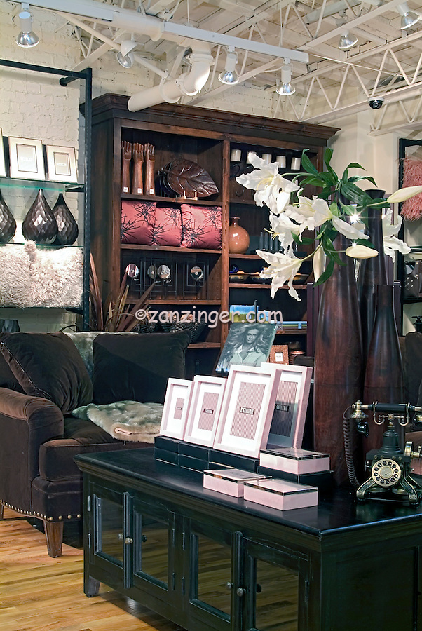 Z Gallerie Affordable Home Decor Stylish Chic Furniture Retail Store