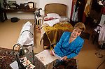 Mary Higgins Clark on a crime scene set up by her french publisher.