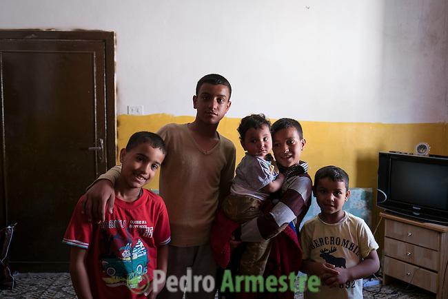2016/04/20. Jordania Zaatari.<br />  M&aacute;s de 86.000 refugiados sirios viven en el campo de Zaatari, en Jordania. De ellos, el 60% son ni&ntilde;os. Las familias esperan poder regresar a Siria cuando termine la guerra. Save the Children trabaja en Zaatari apoyando a las familias con servicio de guarder&iacute;a y refuerzo educativo para los ni&ntilde;os hasta 12 a&ntilde;os. La organizaci&oacute;n tambi&eacute;n reparte alimentos y atiende a los refugiados sirios que viven fuera de Zaatari, en ciudades como Amman. &copy; Pedro Armestre/ Save the Children Handout. No ventas -No Archivos - Uso editorial solamente - Uso libre solamente para 14 d&iacute;as despu&eacute;s de liberaci&oacute;n. Foto proporcionada por SAVE THE CHILDREN, uso solamente para ilustrar noticias o comentarios sobre los hechos o eventos representados en esta imagen.<br /> <br /> 2016/04/20. Jordania Zaatari.<br />  More tan 86.000 Syrian refugees live in the Zaatari camp, in Jordan. Of these, 60% are children. The families hope to return to Syria after the war. Save the Children works in Zaatari supporting families with childcare and educational support for children. The organization also distributes food and works with the families outside Zaatari, in cities like Amman. &copy; Pedro Armestre/ Save the Children Handout - No sales - No Archives - Editorial Use Only - Free use only for 14 days after release. Photo provided by SAVE THE CHILDREN, distributed handout photo to be used only to illustrate news reporting or commentary on the facts or events depicted in this image.