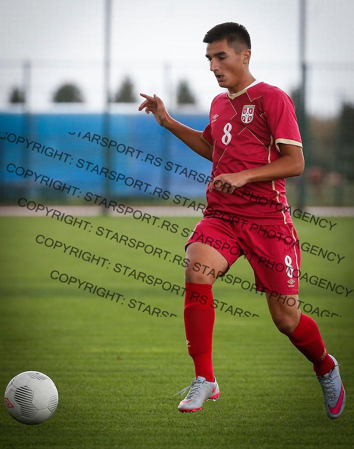 Fudbal Soccer<br /> International Friendly-Prijateljski mec<br /> Srbija U17 v Belorusiaj U17<br /> Zeljko Gavric<br /> Stara Pazova, 20.09.2016<br /> foto: Srdjan Stevanovic/Starsportphoto &copy;