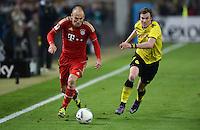 FUSSBALL   1. BUNDESLIGA   SAISON 2011/2012   30. SPIELTAG Borussia Dortmund - FC Bayern Muenchen            11.04.2012 Arjen Robben (li, FC Bayern Muenchen) gegen Kevin Grosskreutz (re, Borussia Dortmund)