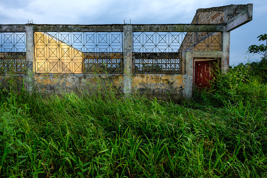 LORETO, PERU - CIRCA OCTOBER 2015:  Abandoned building around the Yarapa river. Village of Puerto Miguel in the Peruvian Amazon.