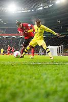 FUSSBALL   1. BUNDESLIGA   SAISON 2012/2013    20. SPIELTAG Bayer 04 Leverkusen - Borussia Dortmund                  03.02.2013 Lars Bender (li, Bayer 04 Leverkusen) gegen Marcel Schmelzer (re, Borussia Dortmund)
