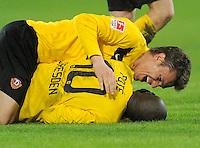 Fussball, 2. Bundesliga, Saison 2011/12, SG Dynamo Dresden - Fortuna Duesseldorf, Samstag (16.04.12), gluecksgas Stadion, Dresden. Dresdens Zlatko Dedic (oben) und Mickael Pote jubeln nach dem 2:1 Sieg.
