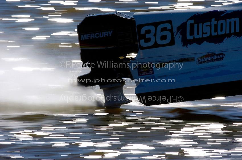 2004 Bay City River Roar, Bay City, MI USA 26-27 June, 2004.Engine on Glyn Matthew's SST-120 class boat...F.Peirce Williams .photography.P.O.Box 455  Eaton,OH 45320 USA.p: 317.358.7326  e: fpwp@mac.com