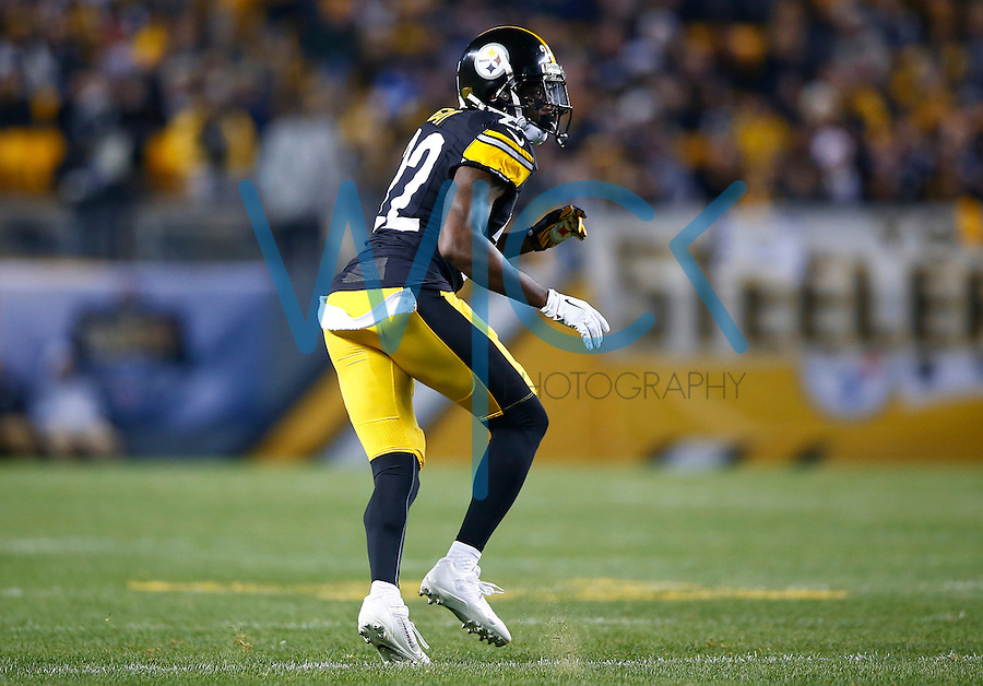 William Gay #22 of the Pittsburgh Steelers in action against the Indianapolis Colts during the game at Heinz Field on December 6, 2015 in Pittsburgh, Pennsylvania. (Photo by Jared Wickerham/DKPittsburghSports)