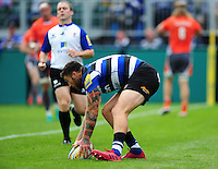 Matt Banahan of Bath Rugby scores a try in the first half. Aviva Premiership match, between Bath Rugby and Newcastle Falcons on September 10, 2016 at the Recreation Ground in Bath, England. Photo by: Patrick Khachfe / Onside Images