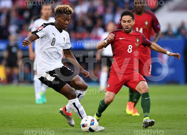FUSSBALL EURO 2016 GRUPPE F IN PARIS Portugal - Oesterreich      18.06.2016 David Alaba (li, Oesterreich) gegen Joao Moutinho (re, Portugal)