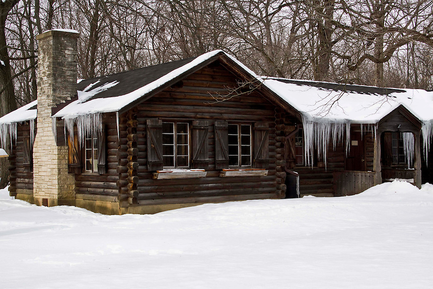 Old Replica Pioneer Cabins