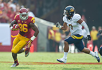 LOS ANGELES, CA - September 22, 2012:  USC tight end Xavier Grimble (86) during the USC Trojans vs the Cal Bears at the Los Angeles Memorial Coliseum in Los Angeles, CA. Final score USC 27, Cal 9..