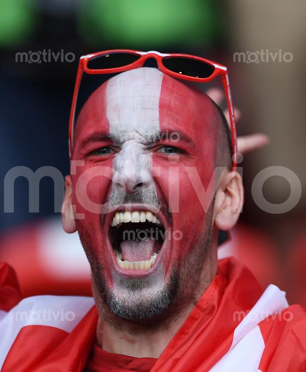 FUSSBALL EURO 2016 GRUPPE F in Paris Portugal - Oesterreich      18.06.2016 Oesterreichischer Fan vor dem Spiel im Prinzenpark-Stadion