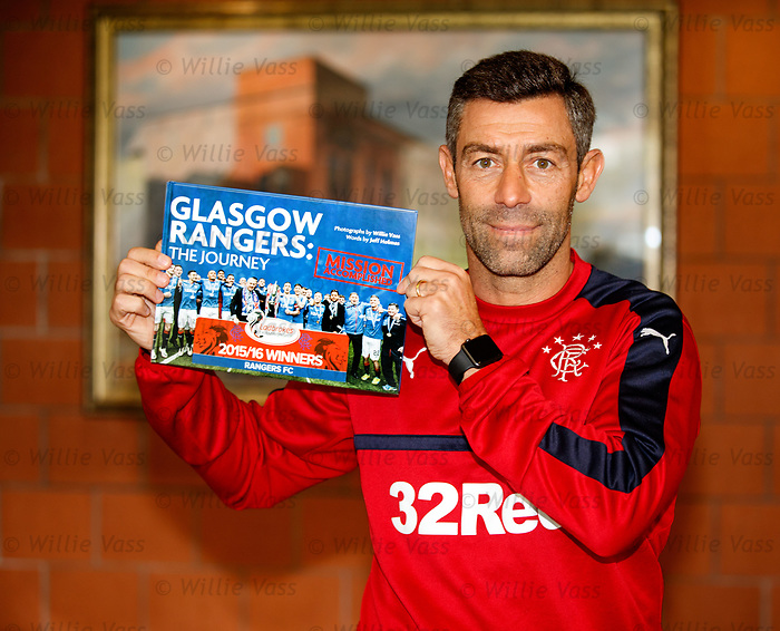 Rangers manager Pedro Caixinha with the Rangers Journey book <br /> www.gersjourney.co.uk