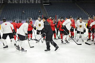 Friday, 5 May, 2017,Lanxess Arena , Cologne/GER<br /> IIHF World Hockey Championship 2017<br /> USA  vs  GER<br /> German national team Warm Up