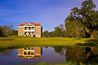 The plantation house at the Drayton Hall plantation, Charleston, South Carolina