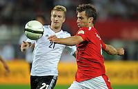 Fussball International  WM Qualifikation 2014   11.09.2012 Oesterreich - Deutschland Marco Reus (li, Deutschland)  gegen Andreas Ivanschitz (Oesterreich)
