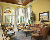 Côte d'Azur feel to this family room blue is classic French