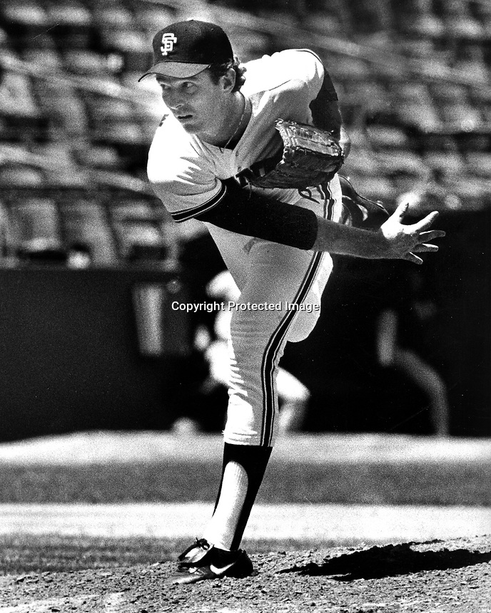 San Francisco Giants pitcher Mike Krukow (1985 photo by Ron Riesterer)