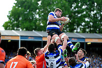Elliott Stooke of Bath Rugby wins the ball at a lineout. Aviva Premiership match, between Bath Rugby and Newcastle Falcons on September 10, 2016 at the Recreation Ground in Bath, England. Photo by: Patrick Khachfe / Onside Images