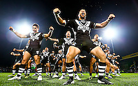 Picture by Alex Whitehead/SWpix.com - 08/11/2013 - Rugby League - Rugby League World Cup - New Zealand v Papua New Guinea - Headingley Carnegie Stadium, Leeds, England - New Zealand perform the Haka.