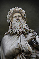 Detail of statue of Leonardo Da Vinci, 16th century, on the facade of the Uffizi Gallery, Florence, Tuscany, Italy, pictured on June 10, 2007, in the morning. This statue of Leonardo da Vinci, 1492-1519, artist, scientist, inventor, is one of a gallery of sculptures of eminent Italian men whose works in the arts and sciences are remembered today. Florence, capital of Tuscany, is world famous for its Renaissance art and architecture. Its historical centre was declared a UNESCO World Heritage Site in 1982. Picture by Manuel Cohen