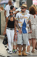"""Nicole Richie, Joël Madden & kids on vacation in the South of France aboard the """"Alibi"""" yacht"""